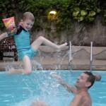 Hotellpoolen, Oskar o morfar